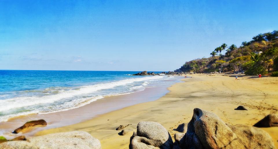 sayulita-carricitos-beach