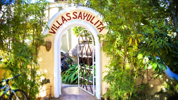 El jard n secreto de salim playa sayulita for Villas sayulita