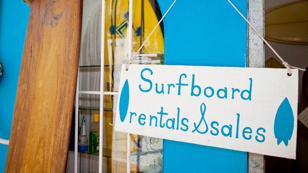 -en-surfboards-for-sale-or-rent-downtown-sayulita-es-tablas-a-la-venta-o-renta-centro-de-sayulita-