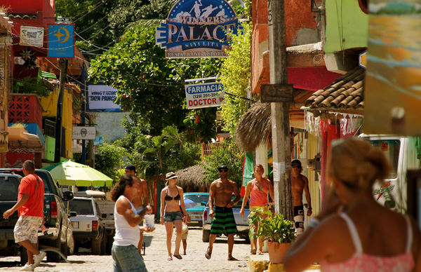 -en-sayulita-has-room-for-everybody-es-sayulita-tiene-lugar-para-todos-