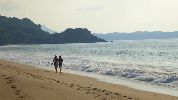 -en-sayulitas-north-beach-is-great-for-quiet-strolls-es-excelentes-caminatas-en-la-playa-norte-de-sayulita-