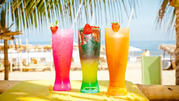 -en-all-the-colors-of-the-cocktail-rainbow-es-todos-los-colores-del-arco-iris-coctelero-