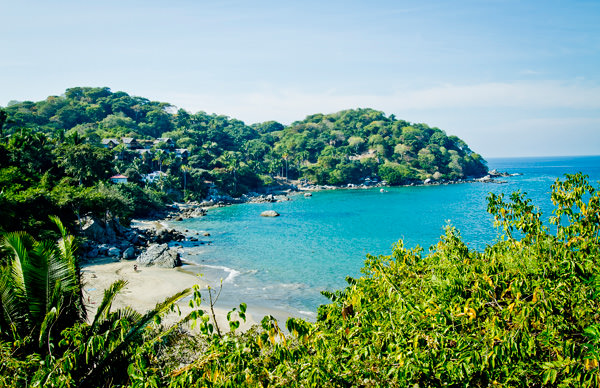 -en-the-peninsula-of-punta-sayulita-before-construction-began-es-la-pennsula-de-sayulita-antes-de-la-construccin-