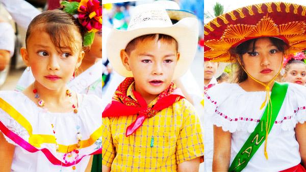 -en-a-trio-of-young-charros-all-dressed-up-for-the-parade-es-un-trio-de-charros-ataviados-para-el-desfile-
