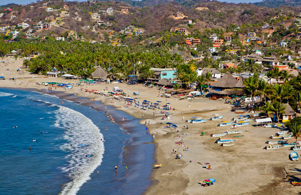 -en-colorful-and-beautiful-sayulita-is-a-true-paradise-es-sayulita-divertida-y-colorida-un-verdadero-paraso-