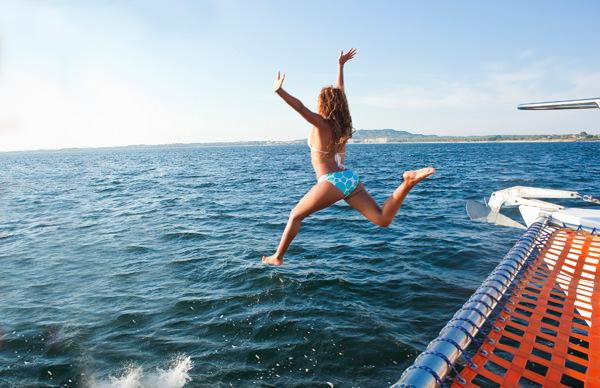 -en-a-sea-bound-flight-of-pure-pleasure-es-un-vuelo-al-mar-de-puro-placer-
