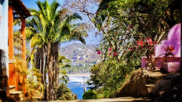 The road from Sayulita to Los Muertos climbs this small hill and passes through the graveyard