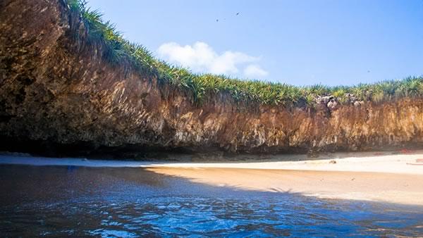 -en-this-is-truly-an-unforgettable-placel-es-un-lugar-inolvidable-que-nadie-debera-perderse-