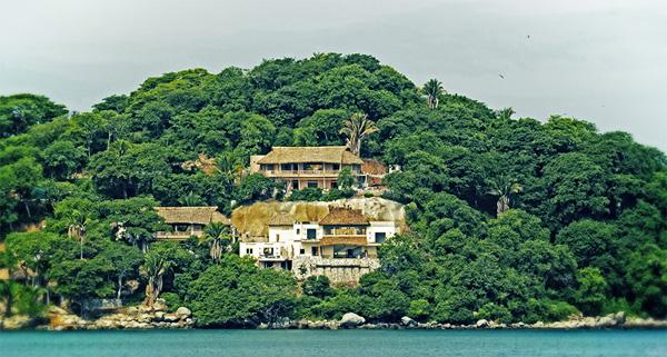 -en-the-first-casas-at-punta-sayulita-nearing-completion-es-las-primera-casas-de-punta-sayulita-casi-listas-
