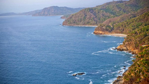 -en-the-nayarit-coast-seen-from-the-sky-es-costa-nayarita-vista-desde-el-cielo-