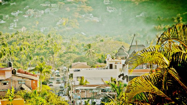 -en-the-garden-path-overlooks-the-heart-of-sayulita-es-vista-al-corazn-de-sayulita-